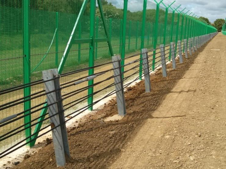 Bristorm 50 wire rope fence