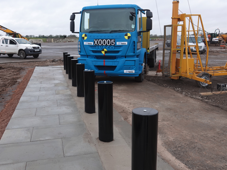 BDB Footway Assembly - 9 bollard array